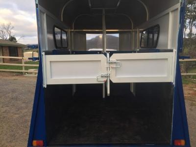 This Horse Float Is 100 South Australia Made With 2 Personal Access Doors All Galv Construction Inside It Has A Rug Rack 17mm Rubber On
